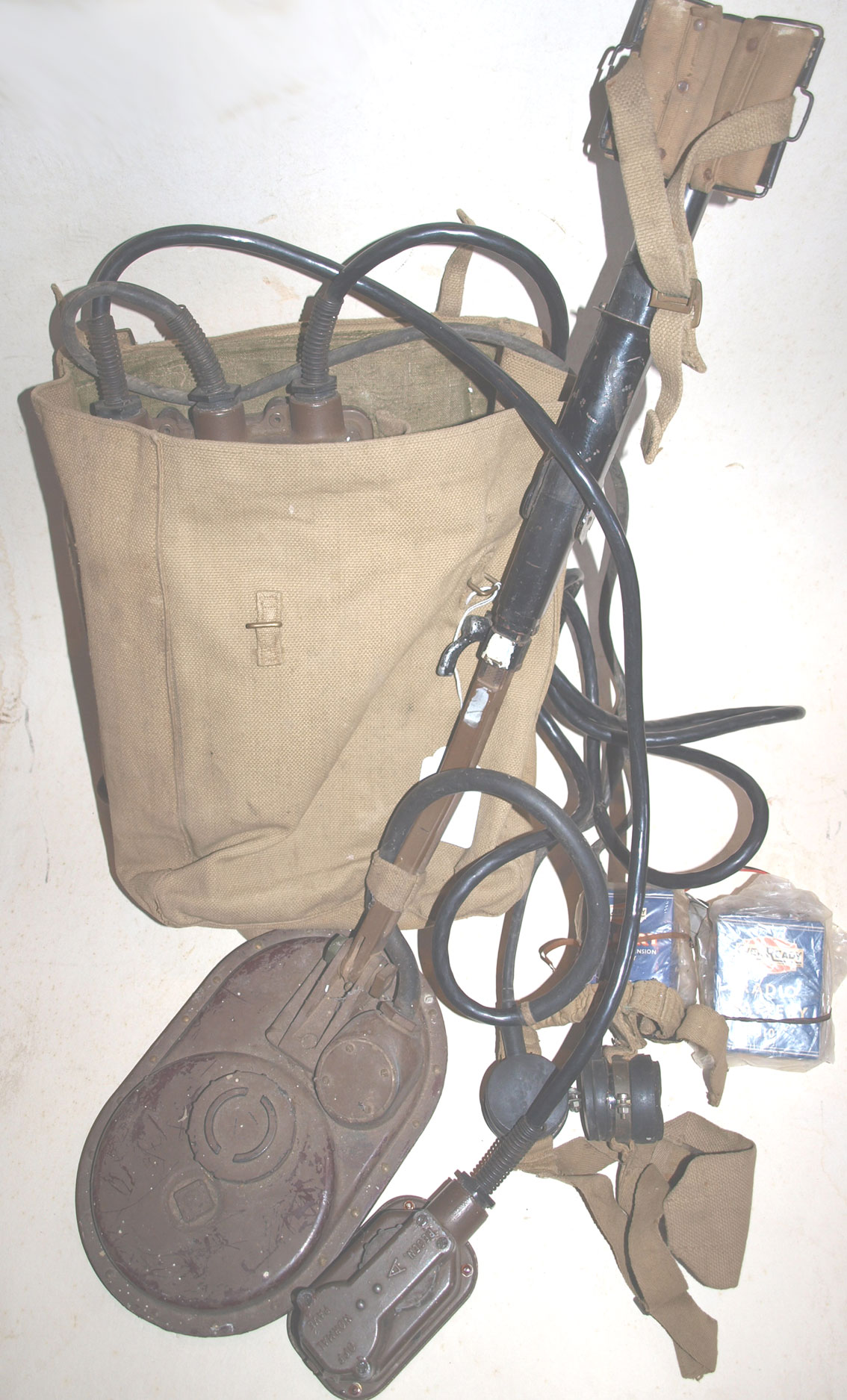 4A WW2 Mine Detector in back pack RESERVED FOR CUSTOMER