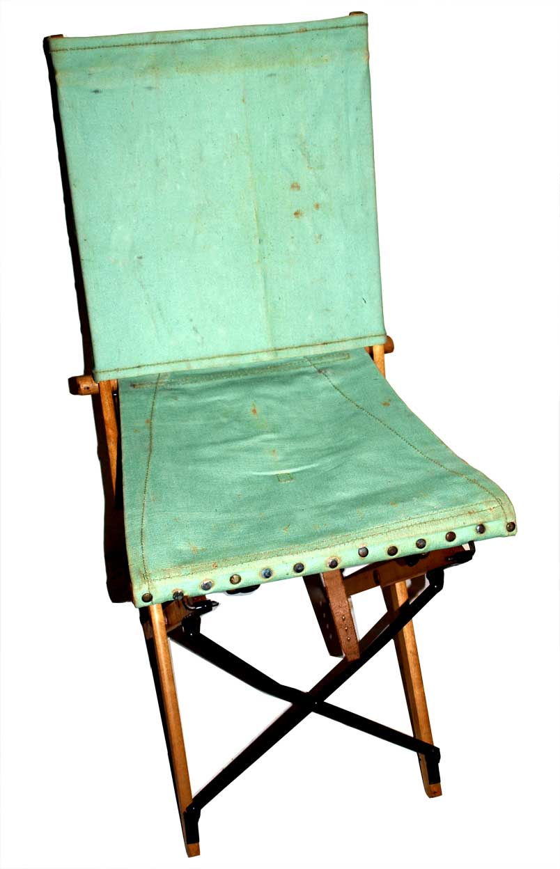 1942 dated Officers Camp Chair