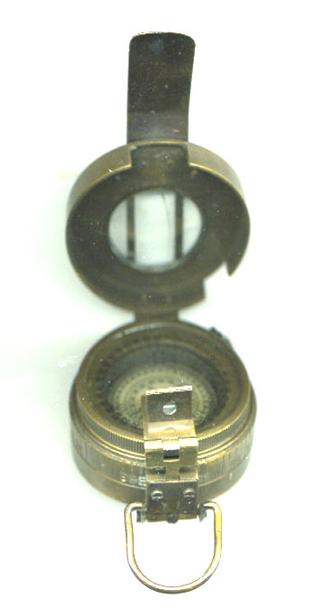 1941 MkIII Prismatic Compass REDUCED TO CLEAR